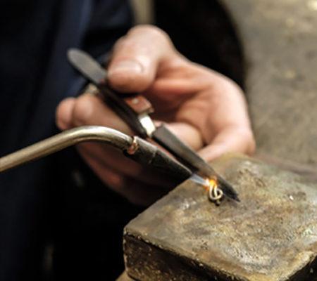Atelier bague de fiançailles à Genève