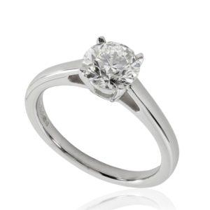 Belle : Bague de fiançailles en or blanc 18k, solitaire diamant à cathédrale et panier. Production et livraison en 18 à 4 jours ouvrés.