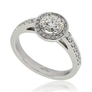 Bague de fiançailles élégante en platine 950, halo épaulé de diamants