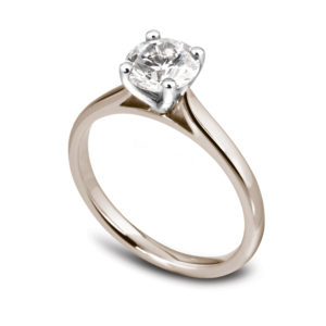 Élégante : Bague de fiançailles en or rose 18k, solitaire diamant à cathédrale. Production et livraison en 18 à 4 jours ouvrés.