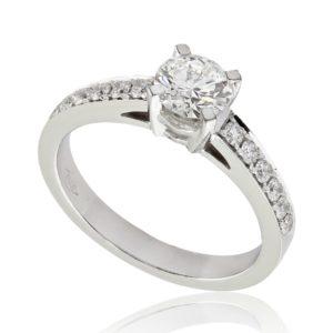 Bague de fiançailles épaulée en or blanc 18k, diamant 0.52ct H SI1 taille Excellente, taille 50. Épaules pavées, serti grains 12 diamants H/SI total 0.21 carats.