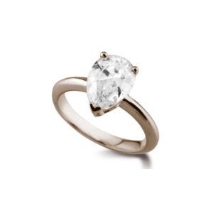 Poire Classique : Bague diamant en or rose 18k. Production et livraison en 18 à 4 jours ouvrés.