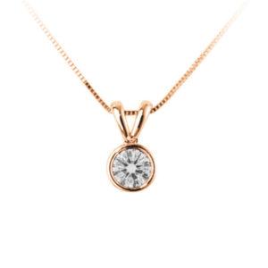 Scintillant : Pendentif diamant en or rose 18k serti clos, chaîne en or incluse. Production et livraison en 10 à 5 jours ouvrés.