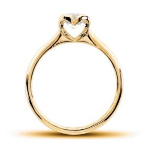 Romantique : Solitaire diamant en or rose 18k, au chaton formant un coeur. Production et livraison en 7 à 4 jours ouvrés.